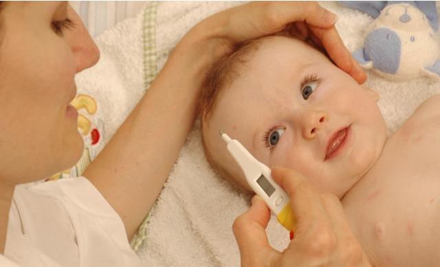 宝宝发烧出疹子是幼儿急疹吗 宝宝幼儿急疹快好了是什么表现