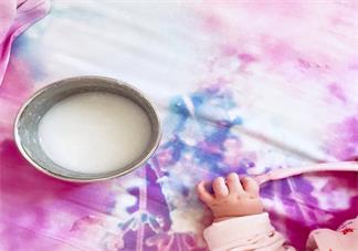 给宝宝吃的辅食应该注意哪些事情 孩子吃辅食不长肉是什么原因造成的