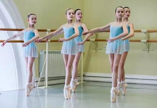 少儿芭蕾需要立足尖吗 少儿芭蕾舞培训班课程