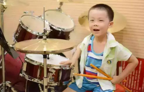 孩子在家练架子鼓扰民怎么办 孩子在家练架子鼓要准备什么