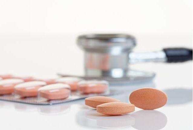 吃避孕药皮肤能变好吗|吃避孕药皮肤能变好是真的吗 所有人都可以吃短效避孕药吗