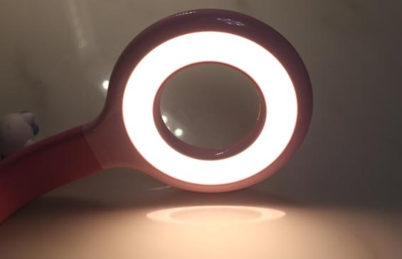 品牌 腾讯儿童护眼台灯怎么样 腾讯儿童护眼台灯使用测评