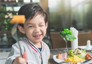 孩子经常不吃早餐有什么危害 孩子怎么吃早餐营养又健康