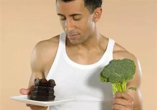 男性吃什么提高生育能力 男性备孕时这些食物不要吃