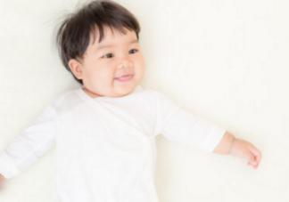 宝宝为什么会吐舌头 宝宝吐舌头是正常的吗