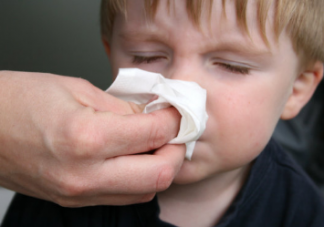 夏天如何保护好孩子的肚子不着凉 孩子夏季怎么护理