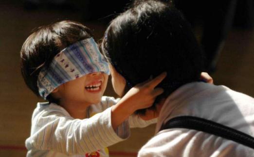 如何用游戏培养孩子的社交力 游戏培养孩子社交力的方法