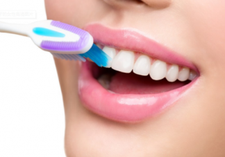 坐月子能刷牙吗 坐月子怎么刷牙好