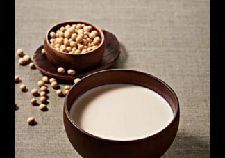 宝宝喝豆浆会导致性早熟吗 宝宝多大能喝豆浆了