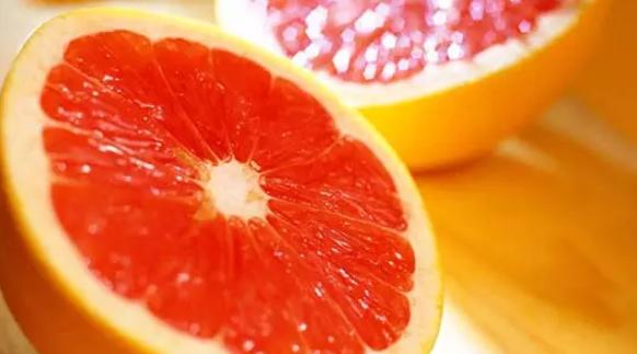 哺乳期能吃葡萄柚吗 母乳妈妈吃葡萄柚好不好