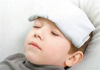 小孩一直低烧有什么危害 小孩持续低烧怎么护理好