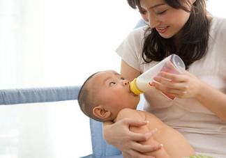 哺乳期一个人带孩子怎么吃饭 哺乳期独自解决吃饭问题