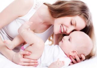 宝宝睡眠时间哭闹需要抱吗 及时安抚哭闹的好处