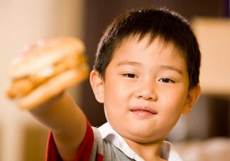 孩子不吃饭还挑食怎么办 怎么让孩子爱上吃饭