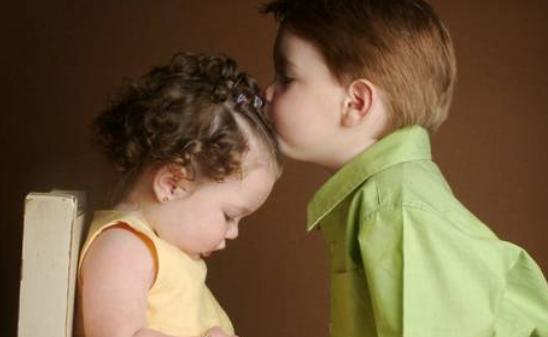 二胎后亏欠大宝的心情说说 有了二胎后觉得亏欠大宝朋友圈
