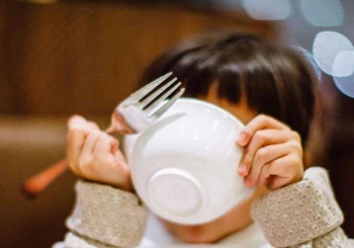 宝宝多大可以吃和大人一样的食物 宝宝辅食有什么讲究