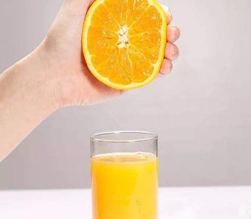 哺乳期可以喝果汁吗 哺乳期喝哪些果汁好