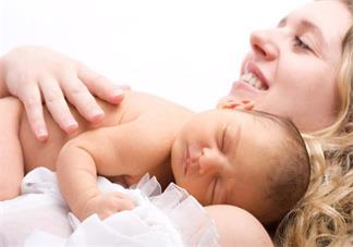 哺乳妈妈如何有效的追奶 孩子吃奶怎么做不担心没奶吃