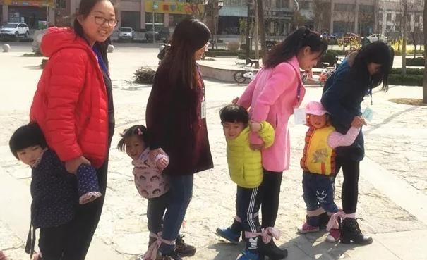 社区母亲节亲子活动邀请函 2019社区母亲节活动邀请函