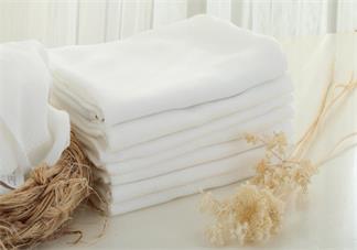 婴儿的尿布怎么清洗 宝宝的尿布大便清洗有什么妙招