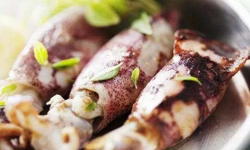 哺乳期可以吃鱿鱼吗 哺乳期吃鱿鱼会回奶吗