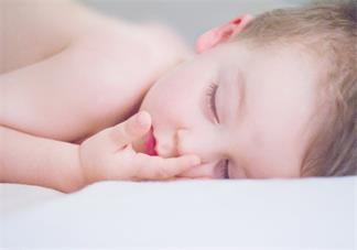 一岁半宝宝睡眠质量差怎么办 怎么提高孩子的睡眠质量