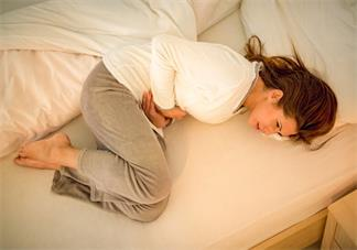 怀孕初期肚子疼正常吗 怀孕初期肚子疼像月经是怎么回事