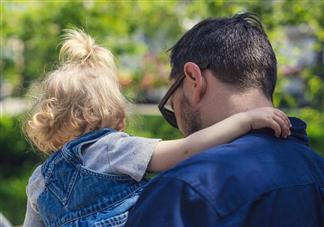 陪伴孩子成长的经典语句2019 陪伴孩子成长的说说
