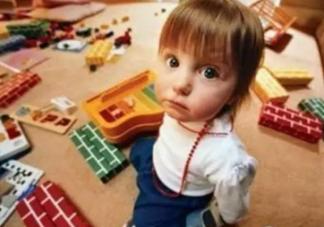 为什么宝宝喜欢摔东西 宝宝喜欢乱扔东西怎么办
