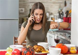 哺乳期妈妈心情很焦虑怎么办好 可以吃点中药改善哺乳妈妈焦虑症状吗