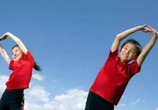 这些运动孩子四岁之前不能做 哪些运动能让孩子长高