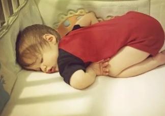 宝宝出汗是缺什么 夏季宝宝出汗多怎么护理