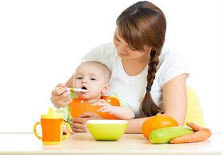 孩子多大可以吃大人吃的饭 多大宝宝可以吃米饭