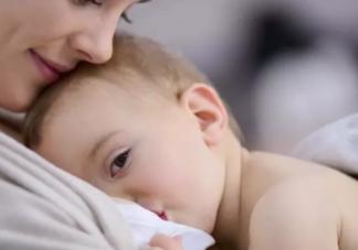 奶水不多和孩子吃奶晚有关系吗 月子奶水不多怎么办
