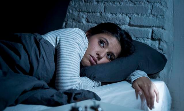 自然流产后失眠是怎么回事_产后失眠是怎么回事 产后失眠怎么办