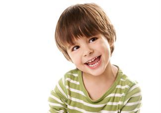 孩子会说话突然口吃后应该怎么做好 孩子会说话为什么会口吃