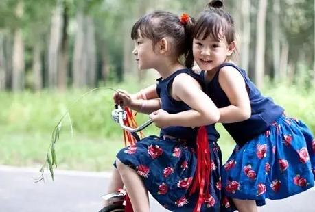 怀双胞胎一般多久产检一次 怀双胞胎经常产检正常吗