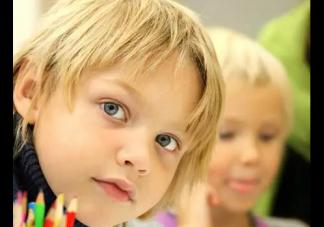 孩子两岁了还不会说话正常吗 孩子 不爱说话怎么办