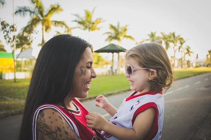 宝宝第一次离开妈妈的感受 宝宝第一次离开妈妈的心情短语