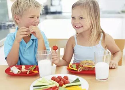 夏天孩子不吃饭吃什么开胃 夏天孩子不吃饭吃什么好