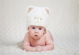 孩子有惊跳情况可以吃珍珠粉安神药吗 孩子惊跳反射会不会智力发育不正常