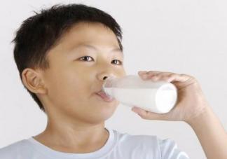 这些牛奶孩子喝了根本没有用 孩子怎么样喝牛奶好