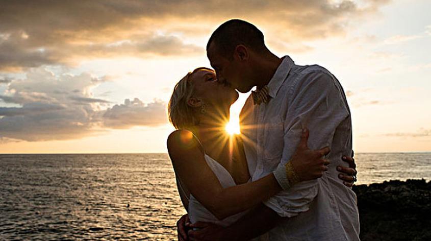 夫妻一个月几次性生活正常 如何提高性生活质量