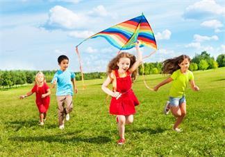 孩子放学后就要东西不满足他就闹情绪怎么办 不依顺孩子就闹情绪解决方法