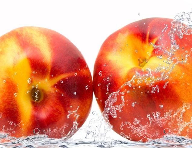 吃油桃是上火乃是下火 妊妇吃油桃对胎儿有陶染吗