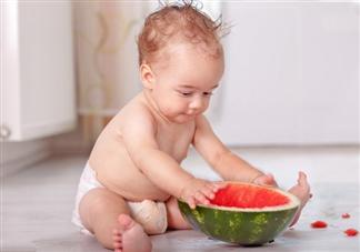 宝宝多大可以吃水果 如何给孩子挑选水果吃
