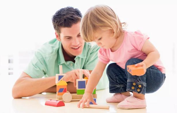怎么正确培养孩子独立 孩子依赖性太强怎么做让孩子独立起来