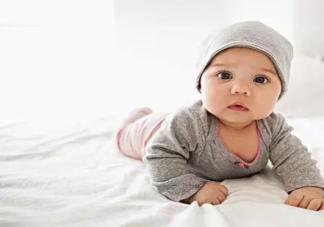 婴儿肌肤饥症是什么 宝宝的肌肤如何护理