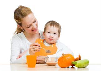 孩子什么时候可以教他吃饭 教孩子吃饭用什么方法
