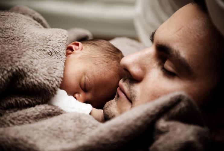 [安抚宝宝的音乐]安抚宝宝时怎么避免摇晃婴儿综合征 安抚宝宝正确的方法